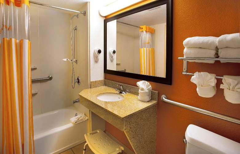 La Quinta Inn International Drive North - Hotel - 19