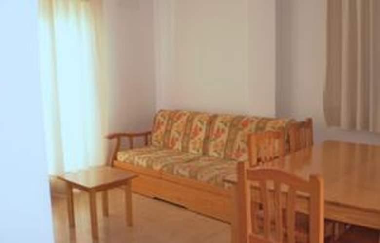 Apartamentos Penyagolosa 3000 - Room - 4