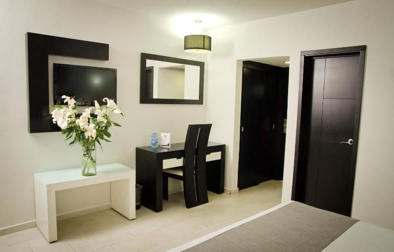 Portonovo Plaza Hotel Expo - Room - 5
