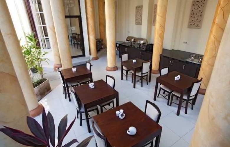 Next Tuban Bali - Restaurant - 15
