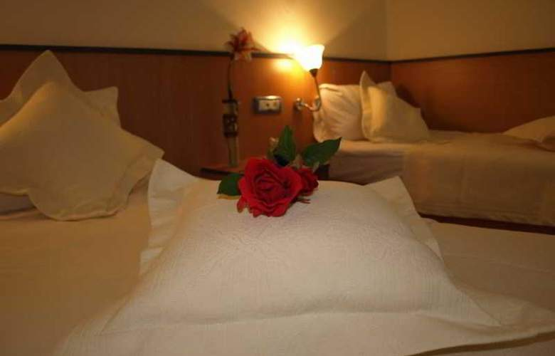 Caraiman Hotel - Room - 17