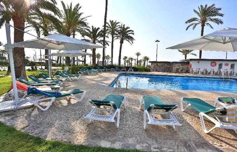 Gran Hotel Delfin - Pool - 23