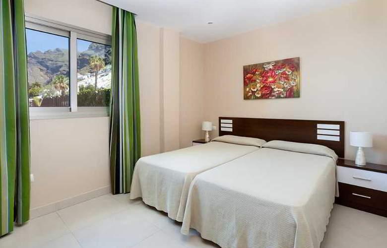 Klayman Diamond Aparthotel - Room - 2