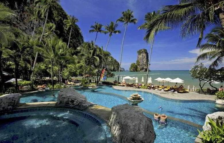 Centara Grand Beach Resort and Villas Krabi - Pool - 39