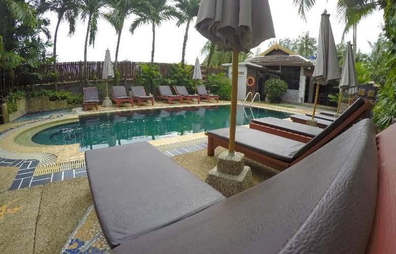 Bangtao Beach Chalet Phuket - Pool - 54