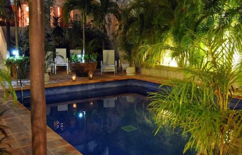 La Pasion Boutique Hotel - Pool - 33