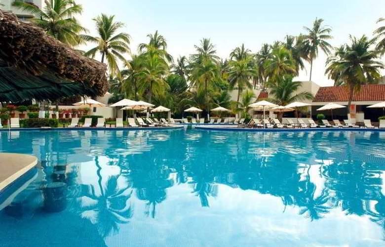 Emporio Ixtapa - Pool - 6