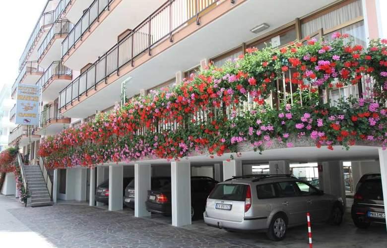 Bianchi - Hotel - 0