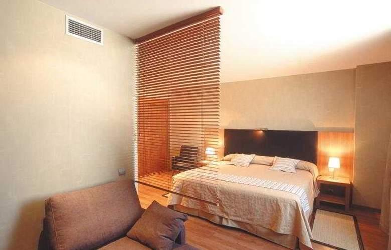 HLG City Park Sant Just - Room - 10