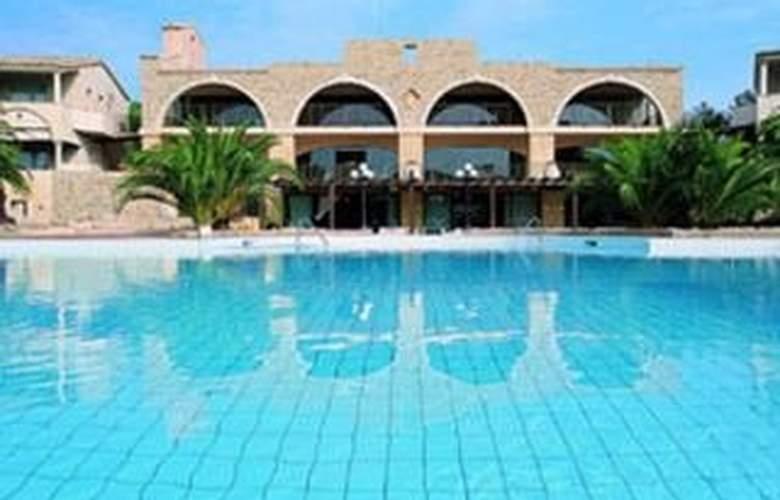 Costa Dei Fiori - Pool - 3
