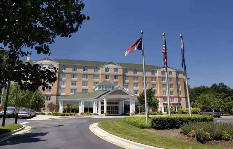 Hilton Garden Inn Airport - Hotel - 3