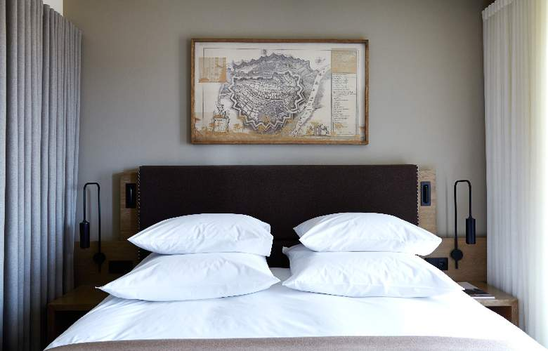 Puro Hotel Gdansk - Room - 0