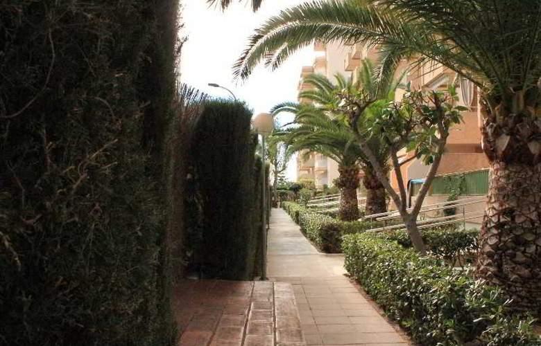 Jardines de Gandía I y II 3000 - Hotel - 3