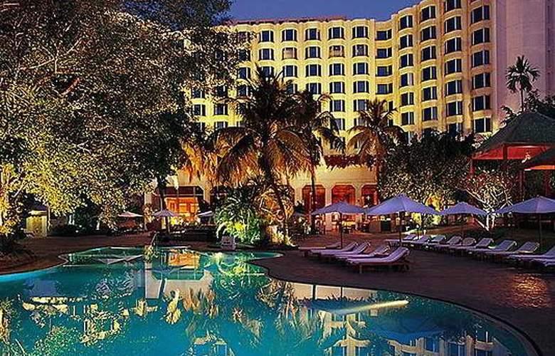 Leela Kempinski Mumbai - Pool - 4