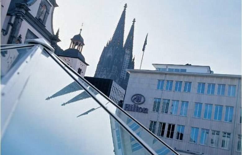 Hilton Cologne - Hotel - 10