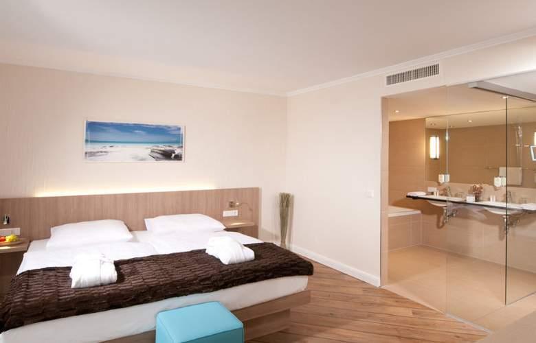 Vier Jahreszeiten Lübeck - Room - 8