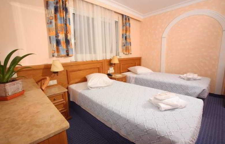Noufara - Room - 8