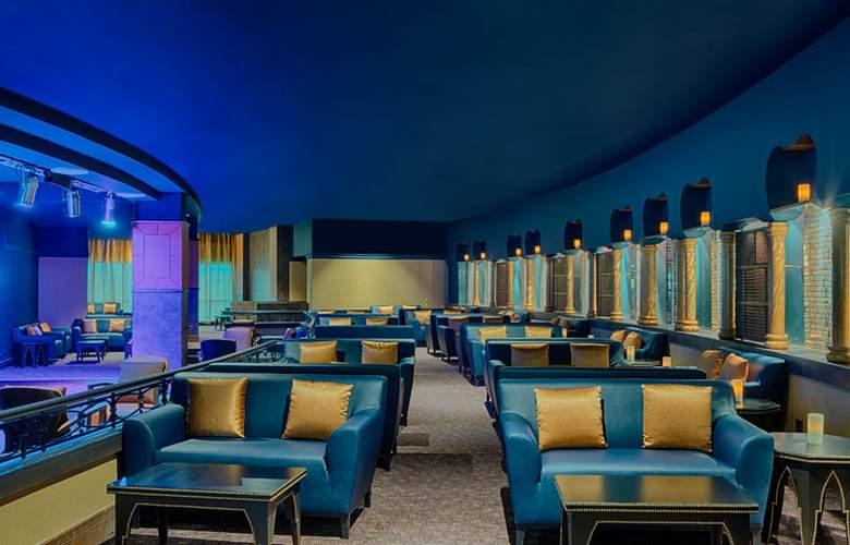 Sheraton Club des Pins Resort and Towers - Bar - 4