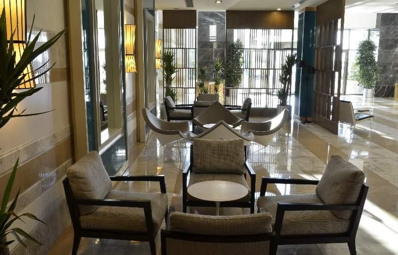 Sherwood Dreams Hotel - General - 3