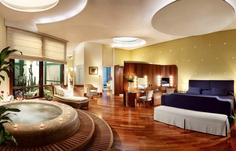 Grand Hotel Vesuvio Naples - Room - 7