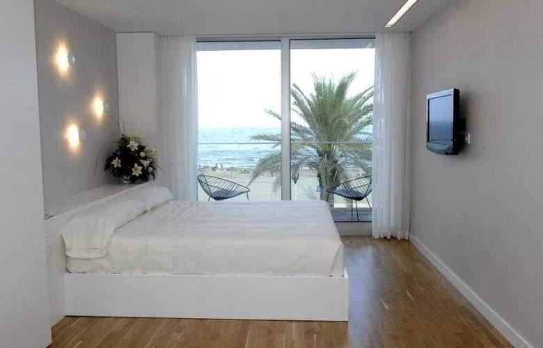 De la Playa - Room - 2
