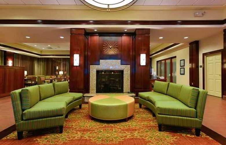 Hampton Inn Philadelphia/Bridgeport - Hotel - 1