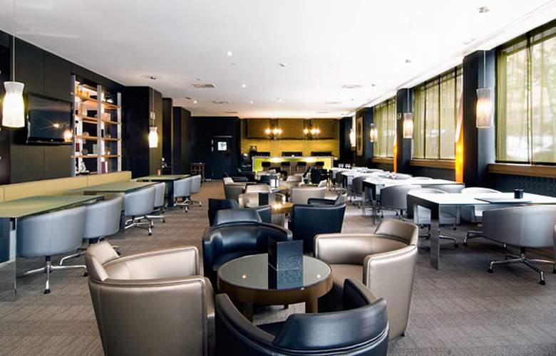 AC Alicante by Marriott - Bar - 3