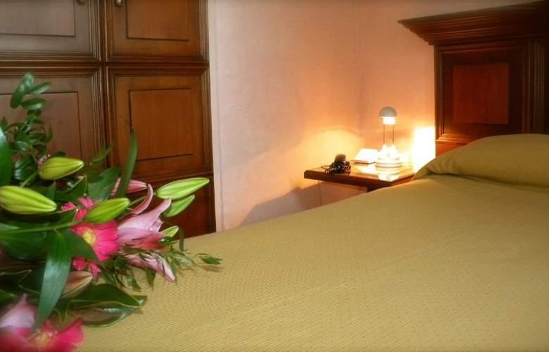 President Prato - Room - 7