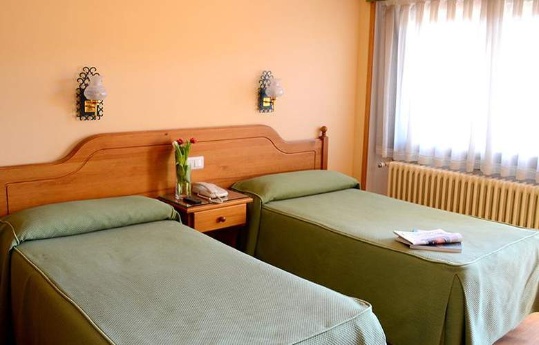 Mi Casa - Room - 2
