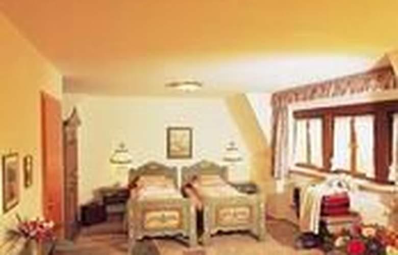 Tilman Riemenschneider - Hotel - 0
