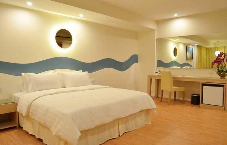 Oceania Hotel - Room - 5