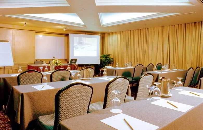 Sabah Oriental - Conference - 6