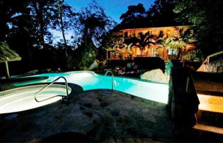 Ian Anderson's Caves Branch Jungle Lodge - Pool - 5