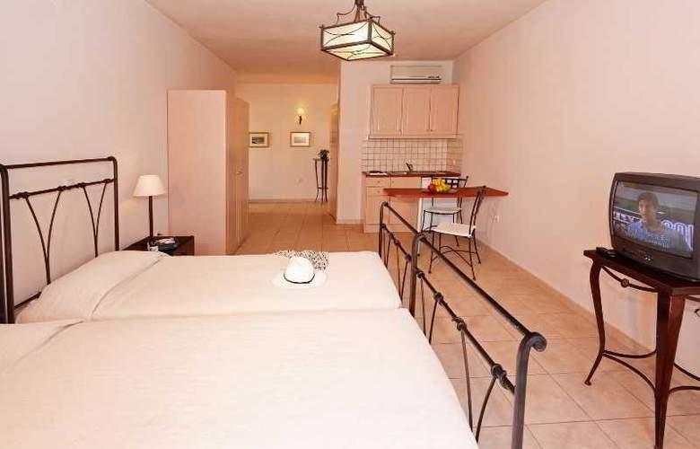 Lambrinos Suites - Room - 7