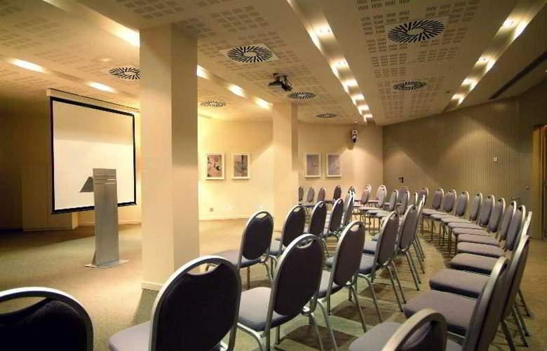 Amister Art Barcelona Sercotel - Conference - 23