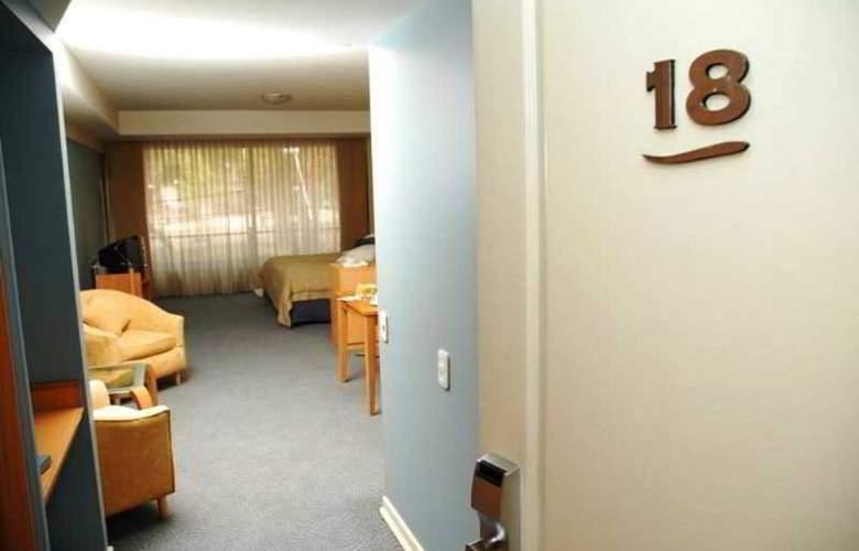 El Portal Suites - Room - 6