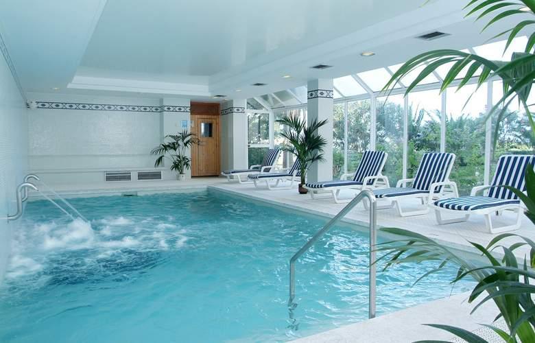 Hipotels Aparthotel Mercedes - Pool - 12