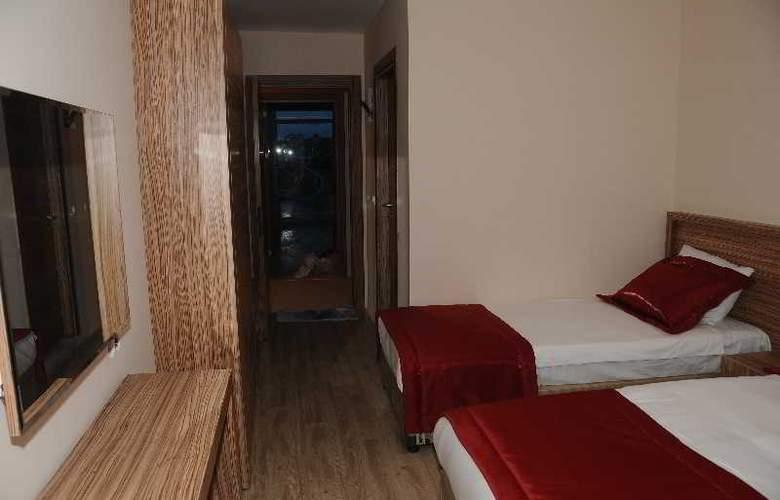 Belmare Hotel - Room - 2