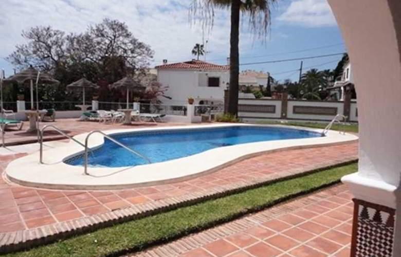 La Baranda - Pool - 3