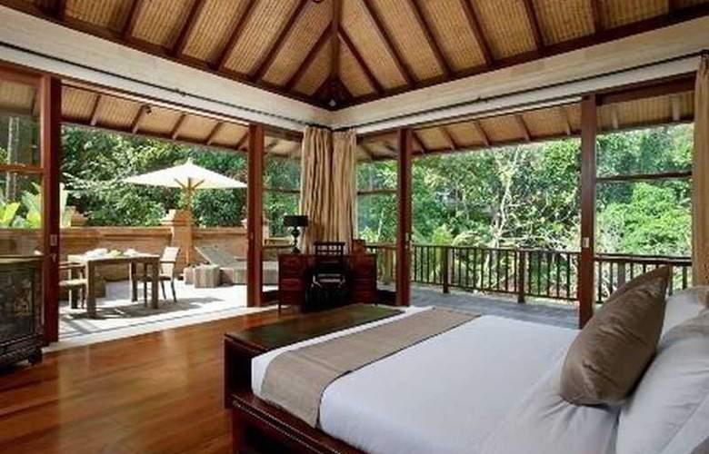 Villa Iskandar - Room - 10