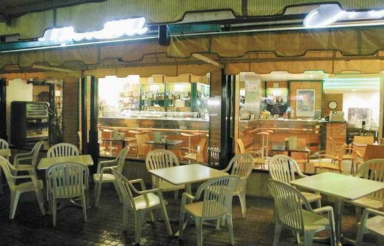 Dos Rios Hostal - Hotel - 0