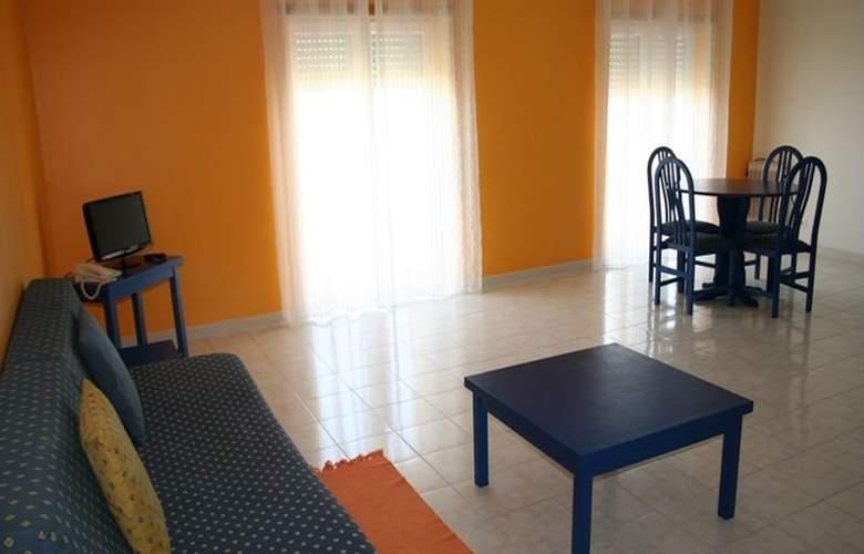 Praia Azul - Room - 6