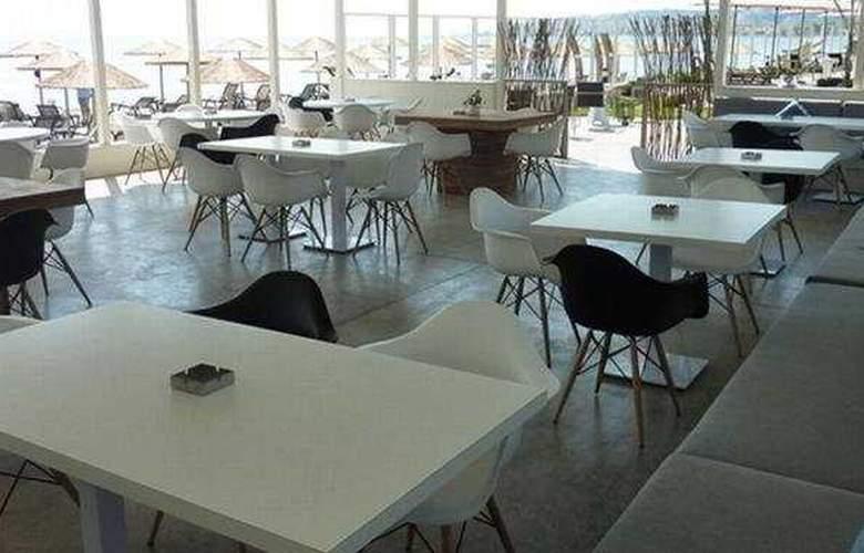 Sikyon Hotel - Bar - 7