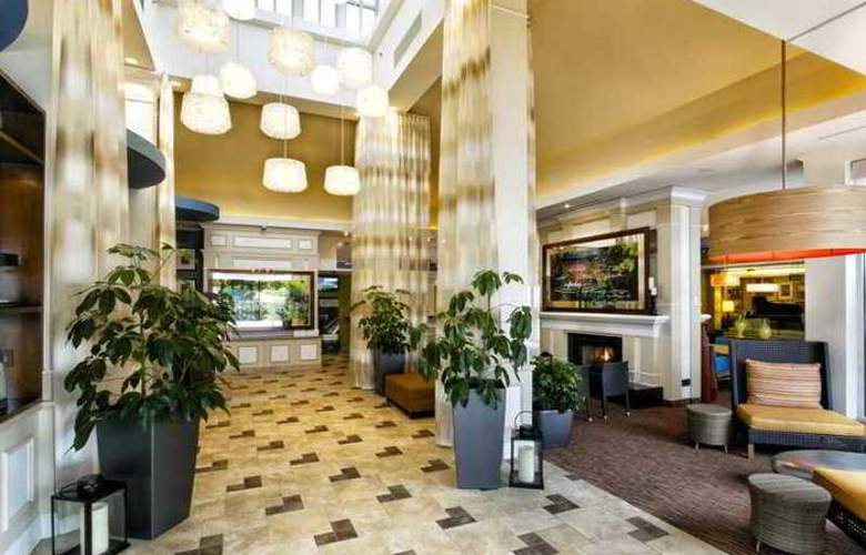 Hilton Garden Inn Staten Island - Hotel - 1