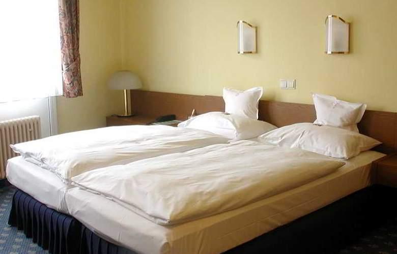Koenigshof Swiss Quality Hotel - Room - 4