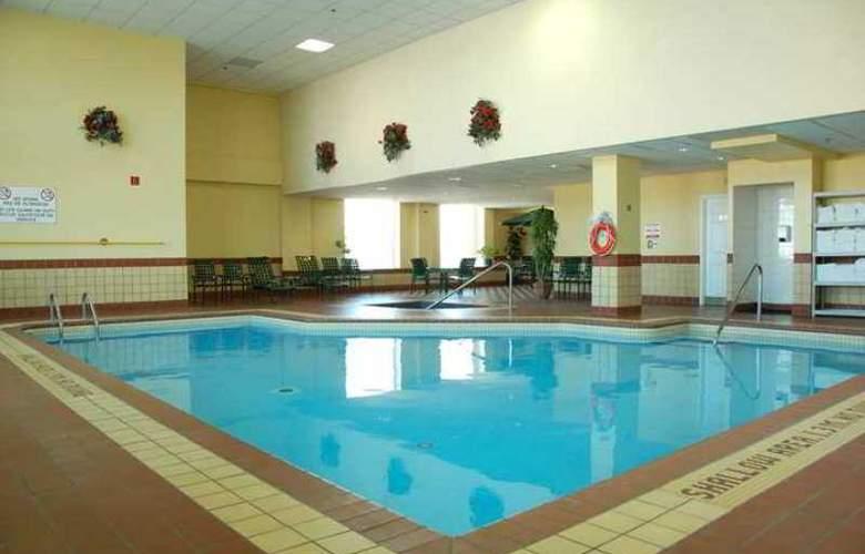 Hampton Inn by Hilton Ottawa - Hotel - 4