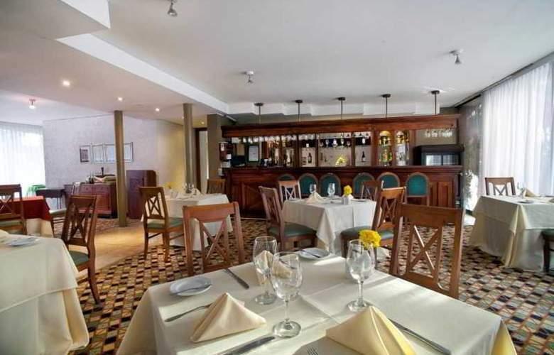 Panamericana Hotel Providencia - Restaurant - 4