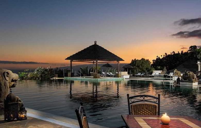 Regency Country Club Apartments Suites - Pool - 17