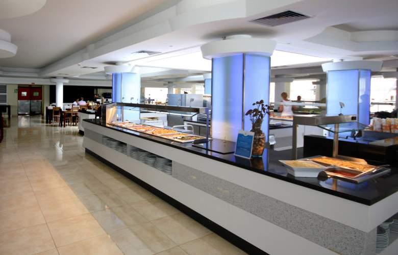 Fergus Club Europa - Restaurant - 50