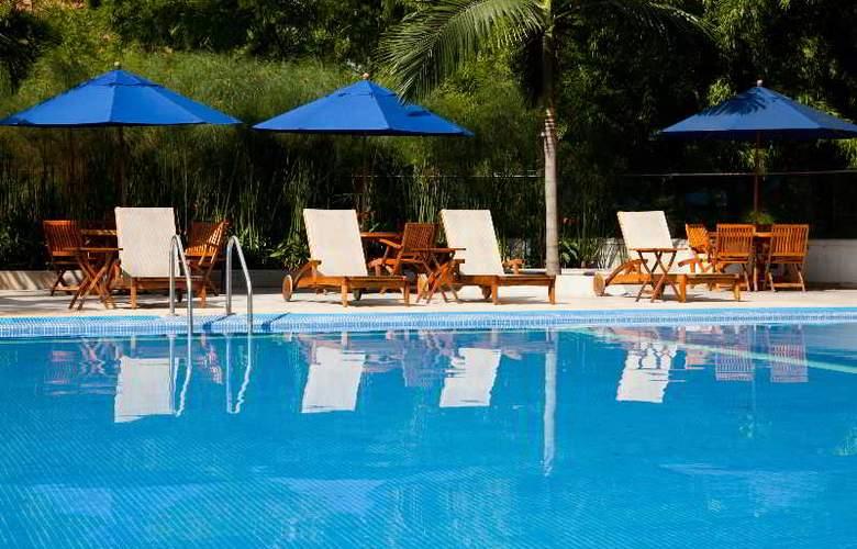 San Fernando Plaza - Pool - 29